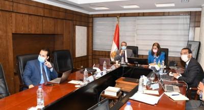 وزراء السياحة والتخطيط والإسكان يبحثون تطوير مبنى مجمع التحرير