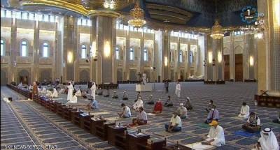 استئناف صلاة الجمعة بالكويت بعد أشهر من إغلاق المساجد