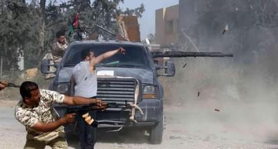 بسبب تأخر الرواتب .. عشرات القتلى في اشتباكات بين مرتزقة سوريين داخل ليبيا