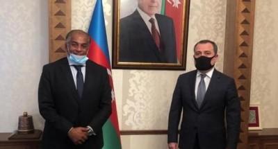 سفير مصر في أذربيجان يبحث مجالات التعاون الثنائي مع وزير الخارجية
