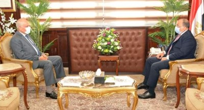 """""""وزير التنمية المحلية"""" يبحث عدد من المشروعات التنموية الجارية بمحافظة الجيزة"""