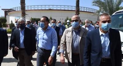 """""""رئيس الوزراء"""" يتفقد محطة معالجة مياه الصرف الصحي بكفر الشيخ"""
