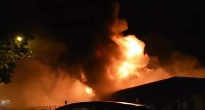 """فيديو   حريق ضخم فى مستودعات """"لو هافر"""" الفرنسية"""