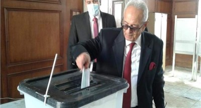 مجلس النواب | رئيس حزب الوفد يدلي بصوته في الدقي
