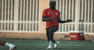 """""""الأهلي"""" يتحدث عن آخر تطورات إصابة السنغالي مهاجم الفريق"""