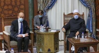 """""""الإمام الأكبر"""": المسلمون رافضون للإرهاب باسم الدين وللإساءة لنبينا محمد"""