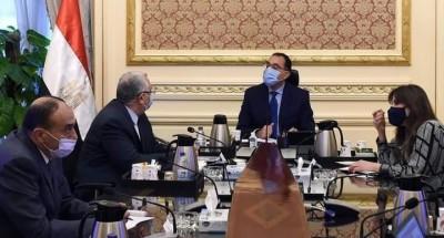 """""""رئيس الوزراء"""" يعقد اجتماعا مع وزير الزراعة لمتابعة أحد مشروعات الثروة السمكية"""
