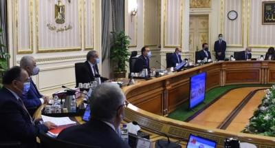 «وزير الإتصالات»: سننتقل للعاصمة الإدارية كحكومة تشاركية لا ورقية