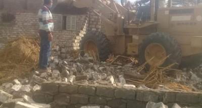 """""""محافظ الدقهلية"""" : إزالة فورية للتعدي على أرض زراعية بقرية درين بمركز نبروه"""