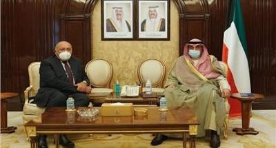 """""""سامح شكري"""" يبحث مع"""" رئيس وزراء الكويت"""" سبل دفع مجالات التعاون الثنائي"""