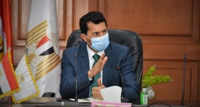 """""""صبحي"""" يؤكد تضافر الجهود لدعم مجهودات الدولة لتحقيق تنمية مستدامة"""