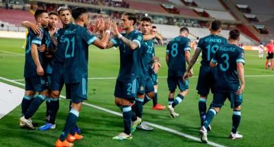 """صراع قوي بين """"البرازيل"""" و""""الأرجنتين"""" على صدارة التصفيات المؤهلة لكأس العالم"""