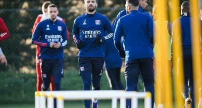 """اليوم .. ثلاثة أندية تسعى لمطاردة """"باريس"""" على قمة """"الدوري الفرنسي"""""""