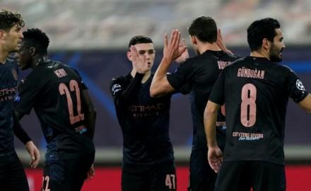 """في دوري الأبطال .. تأهل """"مانشستر سيتي"""" لدور الستة عشر .. و""""مونشنغلادباخ"""" يقترب"""