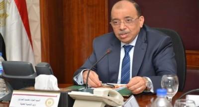 """""""وزير التنمية المحلية"""" يتلقى تقريراً من غرفة العمليات حول متابعة جهود رفع تراكمات مياه الأمطار"""