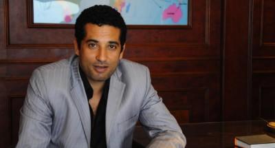 """""""عمرو سعد"""" ل«وحيد حامد» بعد تكريمه: """"تكريمك يا أستاذ تكريم لينا كلنا"""""""