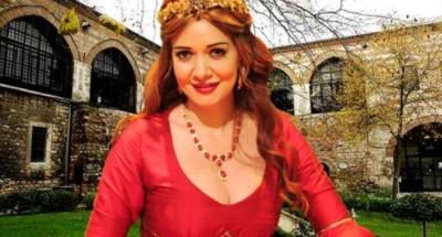 عدد من نجوم الفن يدعمون «حسناء سيف الدين» بعد مرضها