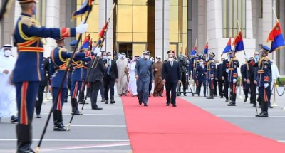"""الرئيس """"السيسي"""" يودع """"ولي عهد أبوظبي"""" نائب القائد الأعلى للقوات المسلحة بدولة الإمارات العربية المتحدة في ختام زيارته لمصر"""