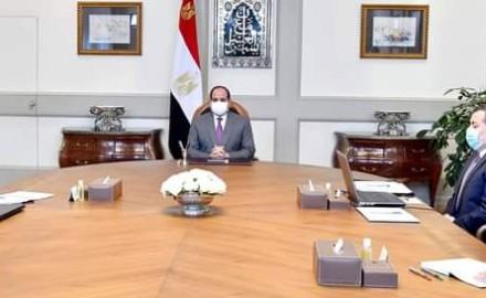 """الرئيس """"السيسي"""" يجتمع مع """"مدبولي"""" لمناقشة استراتيجية عمل وزارة الإعلام"""