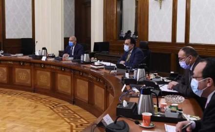 """""""رئيس الوزراء"""" يُتابع أعمال تطوير الطريق الدائري حول القاهرة الكبرى"""