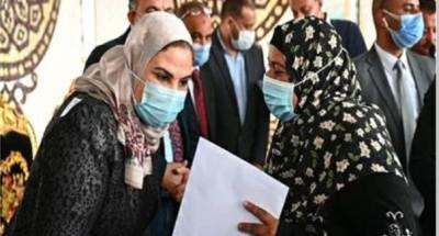 """""""محافظ كفر الشيخ"""" يستقبل """"وزيرة التضامن الاجتماعي"""" وعدد من الصيادين"""