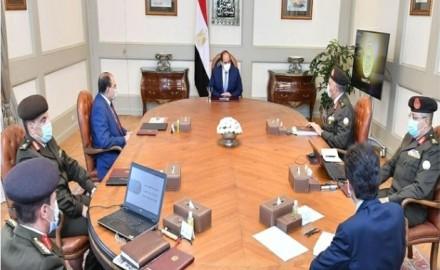 """الرئيس """"السيسي"""" يتابع الموقف الإنشائي لعدد من مشروعات الهيئة الهندسية"""