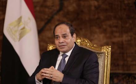 """الرئيس """"السيسي"""" يتفقد أعمال تطوير محاور شرق القاهرة بحي مدينة نصر وعزبة الهجانة"""