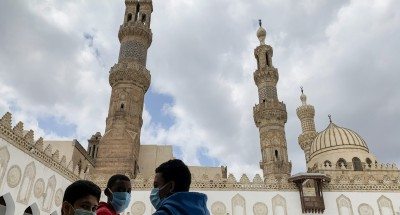 فيروس كورونا | إغلاق 10 مساجد بالإسماعيلية لعدم التزام المصلين بالإجراءات الاحترازية