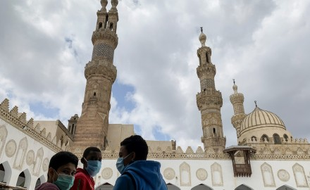 فيروس كورونا   إغلاق 10 مساجد بالإسماعيلية لعدم التزام المصلين بالإجراءات الاحترازية