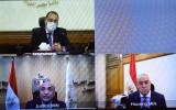 «رئيس الوزراء» يتابع تنفيذ التكليف الرئاسي بتيسير إجراءات تسجيل عقود الملكية العقارية عبر «فيديو كونفرانس»