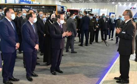 """الرئيس """"السيسي"""" يفتتح المعرض الأول لتكنولوجيا تحويل وإحلال المركبات"""