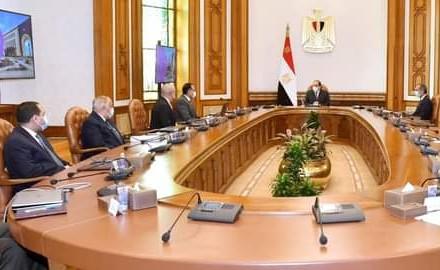 """الرئيس """"السيسي"""" يتابع محاور الخطة التنفيذية لانتقال الجهات الحكومية للعاصمة الإدارية الجديدة"""