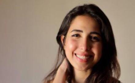 """""""مي كمال"""" تُعيد إحياء أولى أغاني والدتها «عفاف راضي» «عطاشي»"""