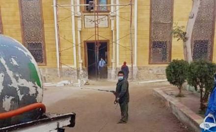 استمرار أعمال التطهير والتعقيم فى المساجد بالشرقية