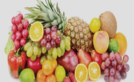 """استقرار أسعار """"الفاكهة"""" بسوق العبور"""