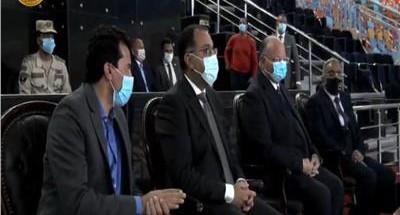 """""""رئيس الوزراء"""" ينقل تحيات الرئيس """"السيسي"""" لفراعنة اليد"""