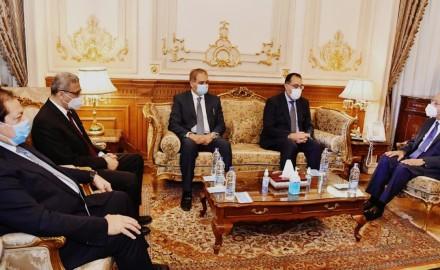 رئيس الوزراء : توجيه للحكومة بالتعاون الكامل مع مجلس النواب