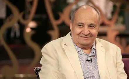 """""""البيت الفني للمسرح"""" ناعيًا «وحيد حامد»: شكل وعي أجيال وأجيال من خلال أعماله"""