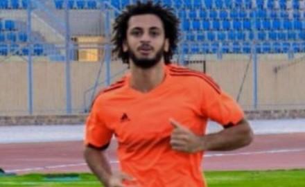 """""""مروان حمدي"""": اقترب من التجديد للمقاصة وحسام البدري يثق في إمكانياتي"""