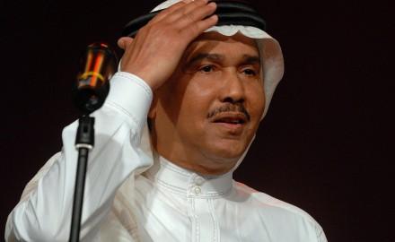 """""""محمد عبده"""" يتلقى لقاح كورونا"""