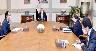 الرئيس السيسي يوجه باستمرار دراسة تداعيات كورونا الاقتصادية محلياً وعالمياً