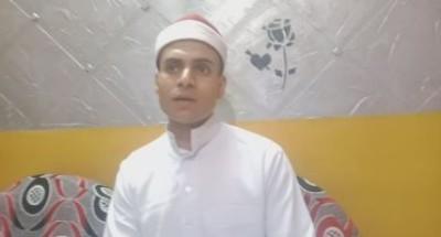 """صوت ذهبى.. """"محمد"""" يبدع فى تلاوة القرآن الكريم بالروايات العشر فى المنيا"""