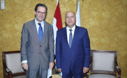 وزير النقل : مجال النقل سيظل نموذجاً رائدا للتعاون المثمر بين مصر و فرنسا