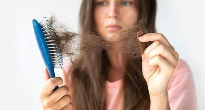 تساقط الشعر.. أعراض جديدة مرعبة لـ فيروس كورونا