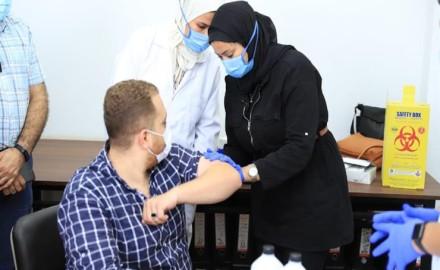 أعلنت جامعة الازهر عن أماكن التطعيم ضد فيروس كورونا