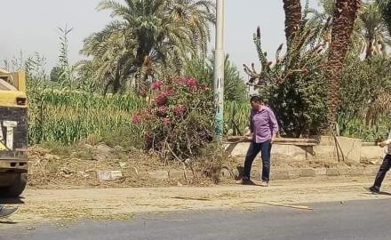 نائب رئيس مركز مطاي يتابع استمرار تجميل مداخل المدينة