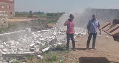 نائب رئيس مركز ومدينة دكرنس: إزالة 7 حالات بناء مخالف بالبلوك الأبيض على أرض زراعية